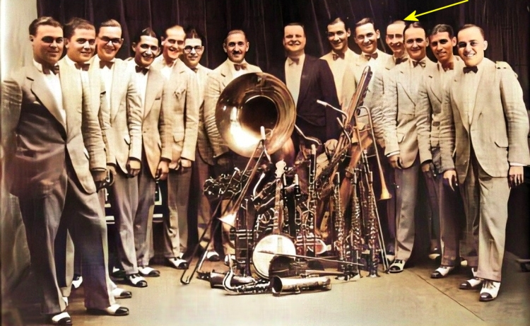 rube (highlighted) with the ray miller orchestra in 1923